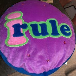 """Fun """"I Rule"""" throw pillow"""
